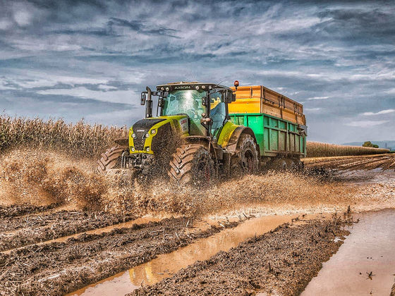 Claas Axion in Action