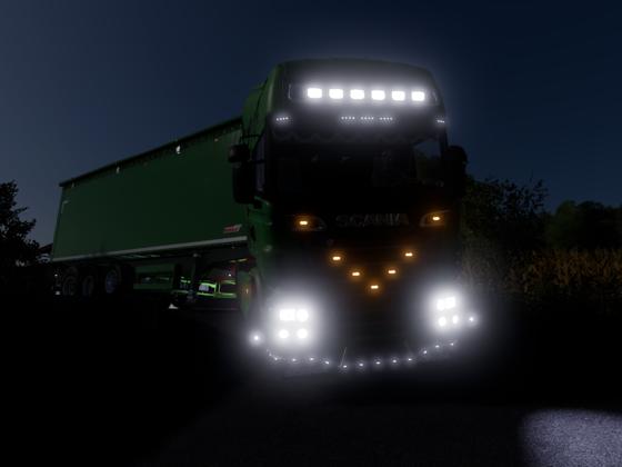 SCANIA Bei Nacht