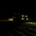 Pflügen bis in die Nacht mit dem Kirovets