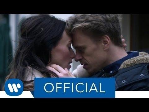 ROBIN SCHULZ & RICHARD JUDGE – SHOW ME LOVE (Official Music Video)